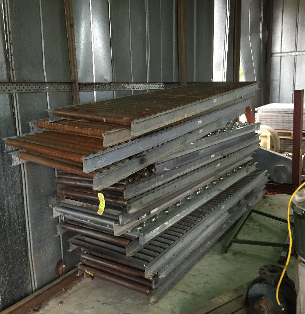 LOT OF 24 INCH WIDE ROLLER AND BALL CONVEYOR