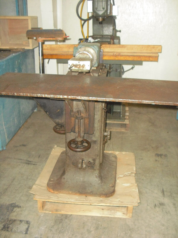 MCKNIGHT HORIZONTAL BORING MACHINE