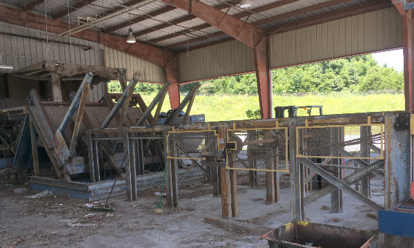 COMPLETE LUMBER GRADING/SORTING & STACKING LINE