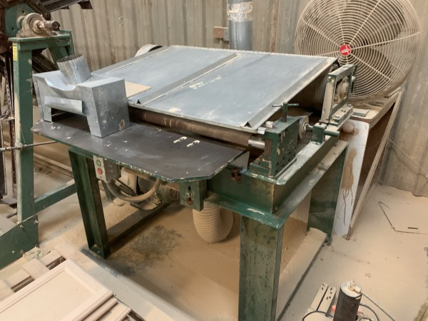 CUSTOM BUILT DOOR-EDGE PROFILE SANDER