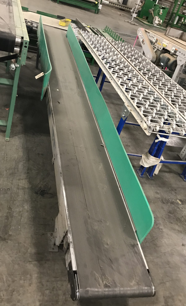 17 INCH WIDE x 15 FT LONG INCLINE BELT CONVEYOR