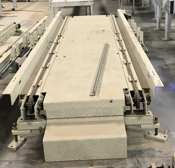 40 INCH WIDE x 15 FT LONG 2-CHAIN CONVEYOR