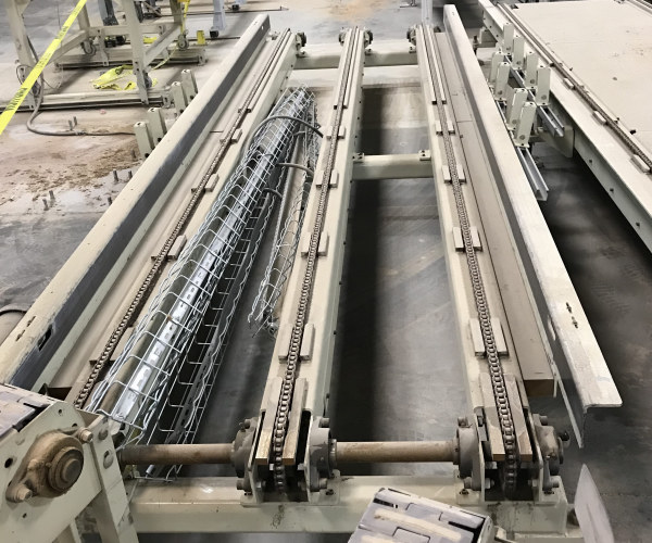 40 INCH WIDE x 80 INCH LONG 3-CHAIN CONVEYOR