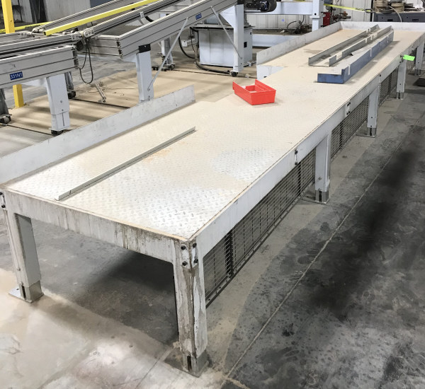 52 INCH X 21-1/2 FT LONG CAT WALK PLATFORM