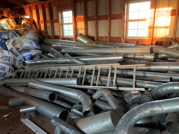 LOT OF MISCELLANEOUS DUST-PIPE PARTS AND PIECES FOR CABINET SHOP