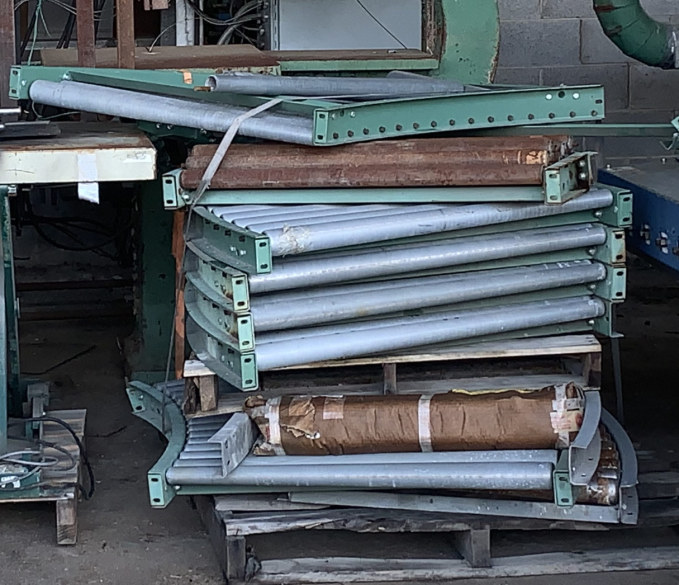 (8) SECTIONS OF 36 WIDE CURVED ROLLER CONVEYOR