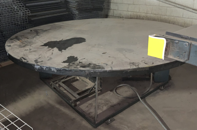 9 FT TURNTABLE